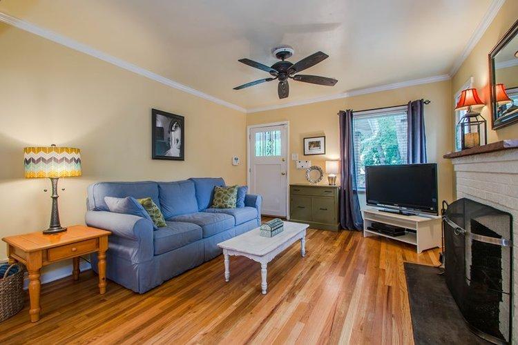Decluttered living room